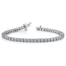 ForeverTennis Bracelet In 4 Prong set Round Brilliant Diamonds.