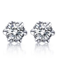 Flower Shape Solitaire Diamond Earring Studs In 6 Prong set Round Brilliant Diamonds.