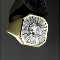 """0.96 Ct. Men""""s Solitaire Diamond Ring With Round Brilliant Diamond and Side Baguette Shape Diamonds"""