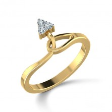 Triangle Shape Set 3 Diamond Ring