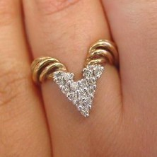 Triangle Shape Diamond Ring with Twisted Sprial Band