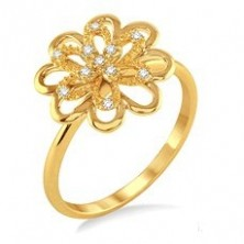 Dew and Flower Shape Diamond Ring