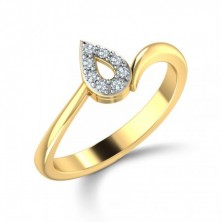 Pear Shape Set Cris Cross Diamond Ring